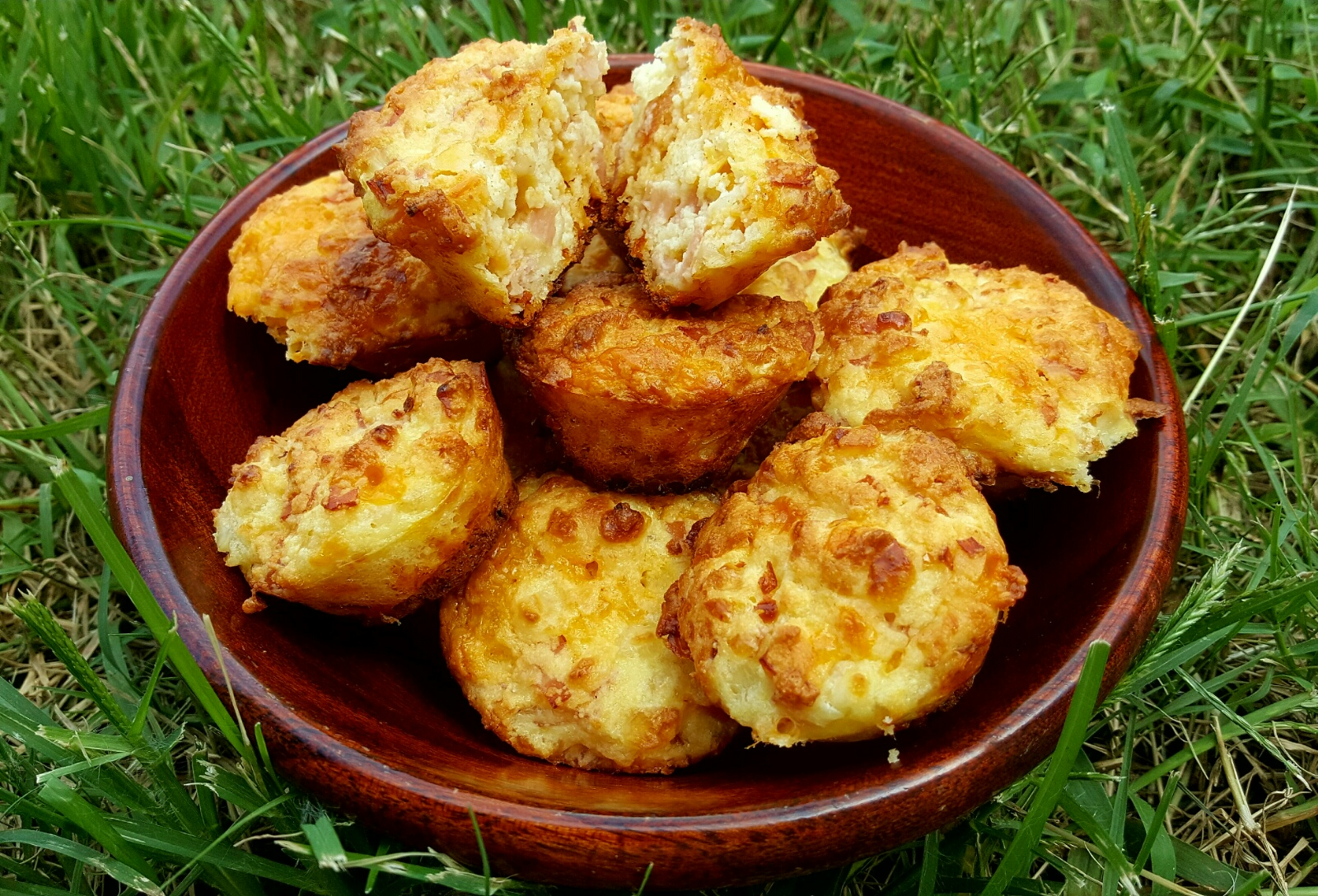 Wondrous A Magical Low Carb Savory Cottage Cheese Muffin Beyondpws Com Download Free Architecture Designs Scobabritishbridgeorg